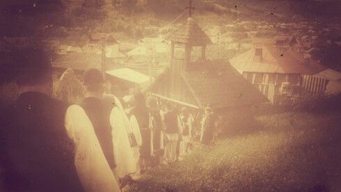 My traditional wedding in Romania   Www.pure-romania.com   #traditional #wedding #mytraditionalwedding #Romania #southkorea #together #family #pureromania #dracula #fortress #traditions