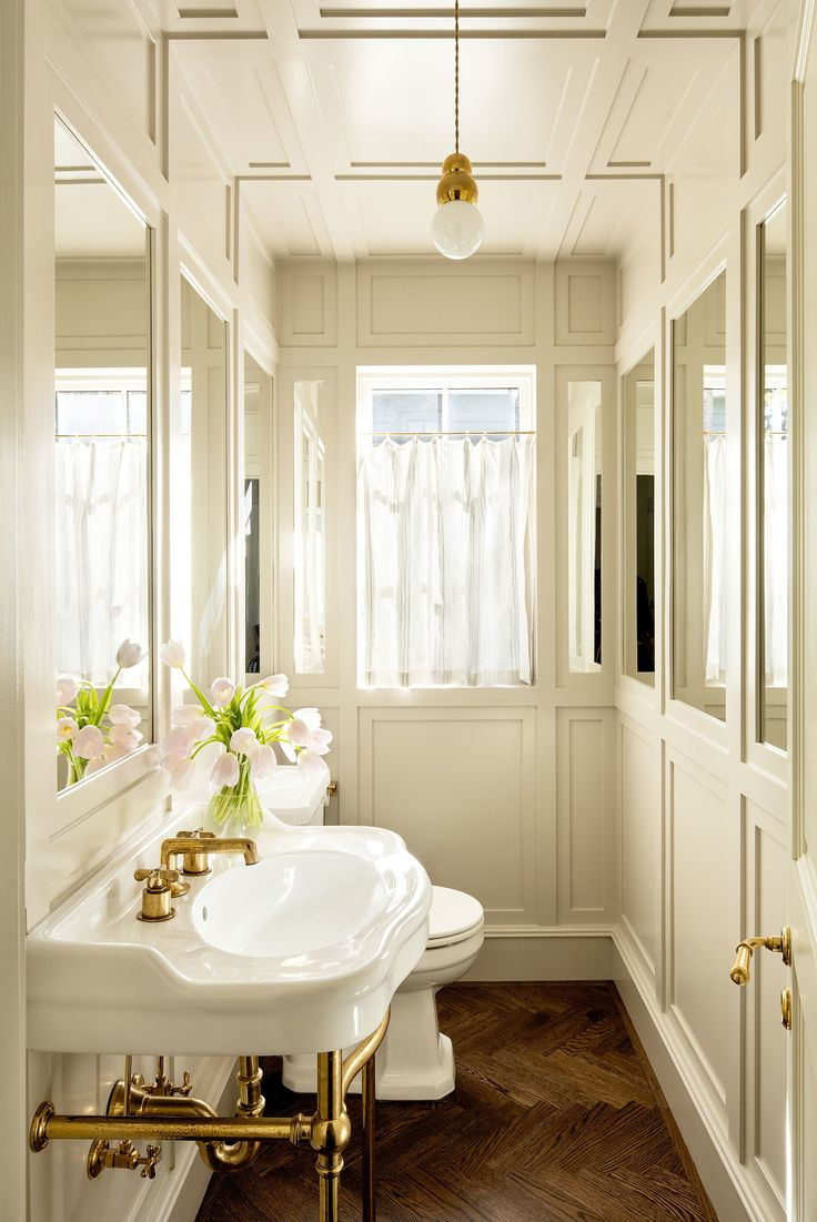 Inside homes bathrooms - A 1920s House With A Modern Twist In Portland Oregon