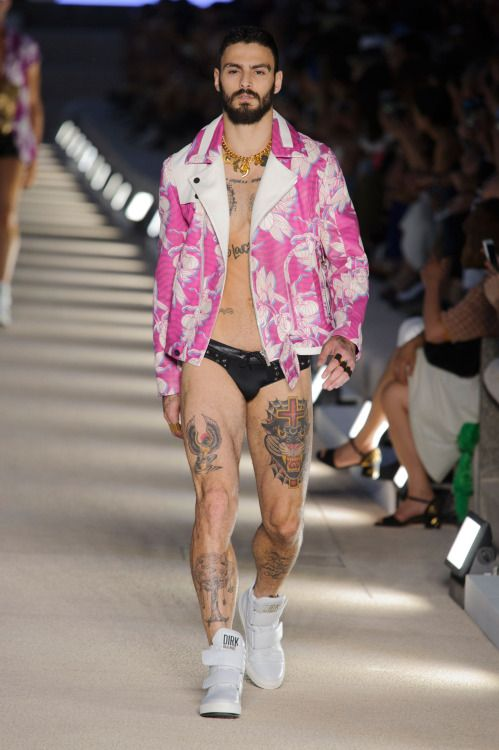 DIRK BIKKEMBERGS  Spring/Summer 2017 collection  MILANO MENSWEAR