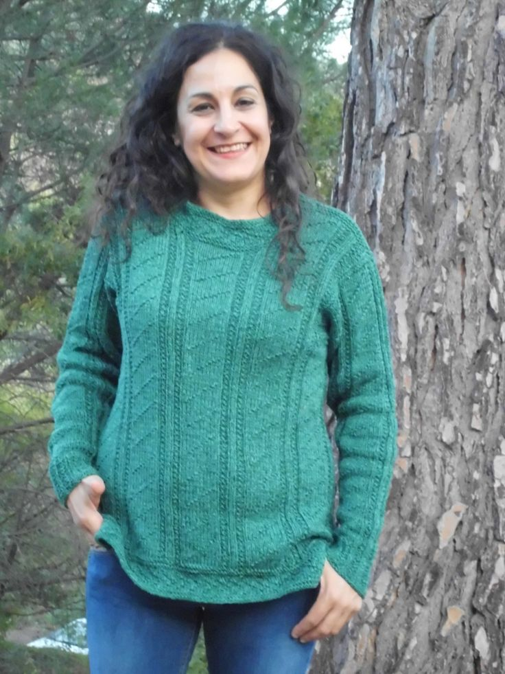 PERGUSA, handicraft sweater in a textured pattern in strong aran-weight cotton. Handknitted design from domoras