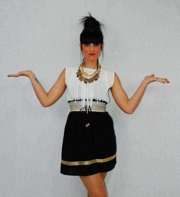 WEEK 22 - Minifalda pasamanería con Top Crop de flecos #falda #top #collar #moda #fashion #ropa #elegante #woman #mujer #coleccion #complementos #instastyle #shop #shopping #model #almeria #almería #garrucha #peligros #carboneras #andalucia