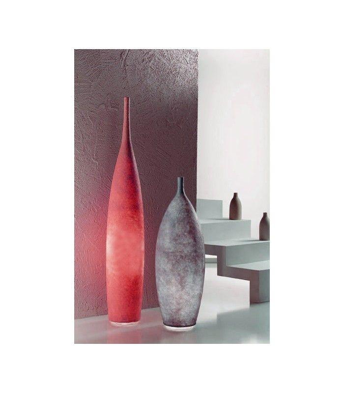 In-es.artdesign - lampada da terra Tank 1 #inesartdesign #artdesign #nebulite #design #lamp #madeinitaly #tank #floorlamp #light #redlight #red