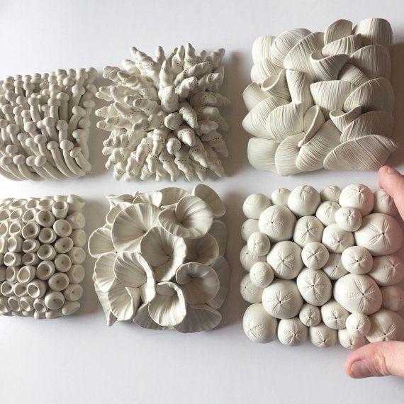Satz von 9 Miniatur Ton Wand Fliesen Skulpturen Ih…