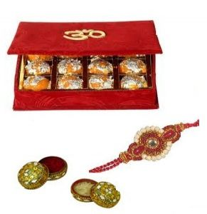 Exoticflowerstoindia.com endeavors in providing the best quality gift hampers for the special occasion of Raksha Bandhan. Now surprise your brother/sister by sending or ordering Rakhi special cakes and flowers from Exoticflowerstoindia.com that sure express your affection towards your sibling on this Raksha Bandhan. Contact us: +91-8288024442