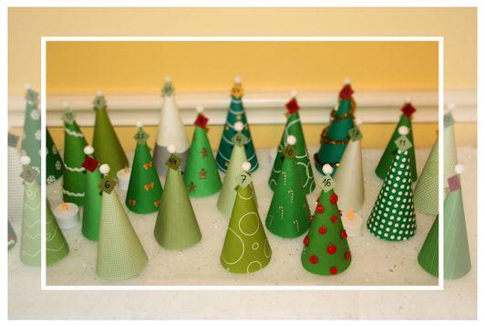 Weihnachtsbäume / Adventskalender basteln Vorlage