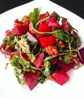 Paleo Apple, Beet and Arugula salad with toasted pecans and a citrus dressing  paleocupboard.com