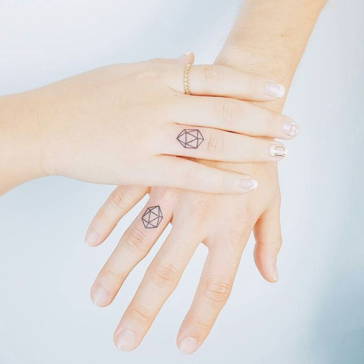 105 best Tatuaggi femminili images on Pinterest