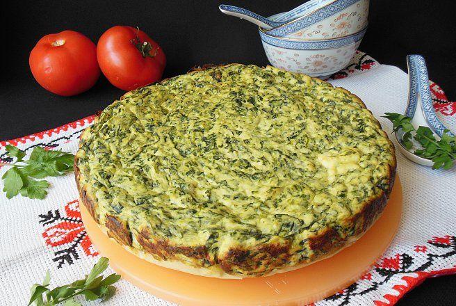 Retete Culinare - Placinta cu spanac, urda si crema de branza
