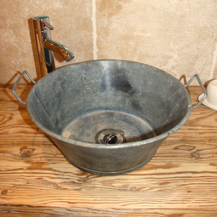 bassine en zinc d tourn e en vier d co salles de bains pinterest bassine en zinc viers. Black Bedroom Furniture Sets. Home Design Ideas