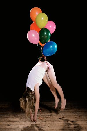 #Flying #Body #Balloon WOW ❤️ - Sam Taylor Wood, escape artist series