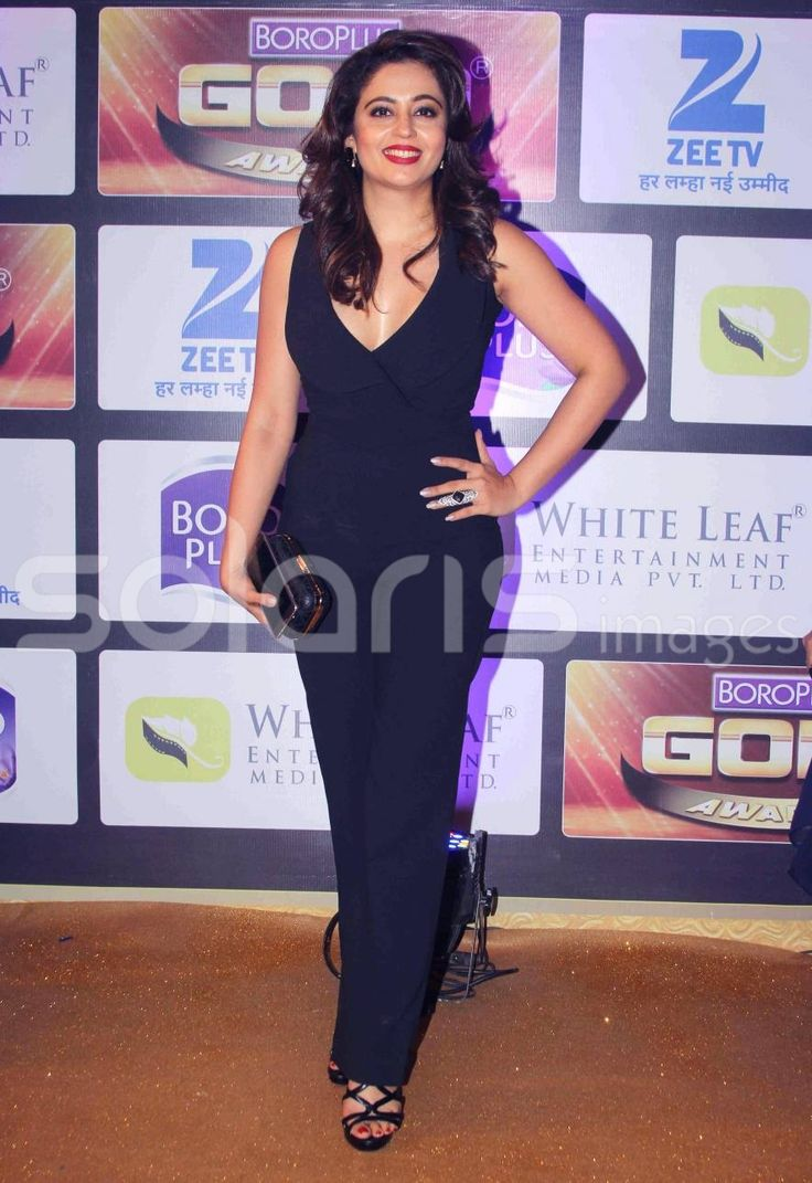 Neha Pendse The Hot Babe in Black