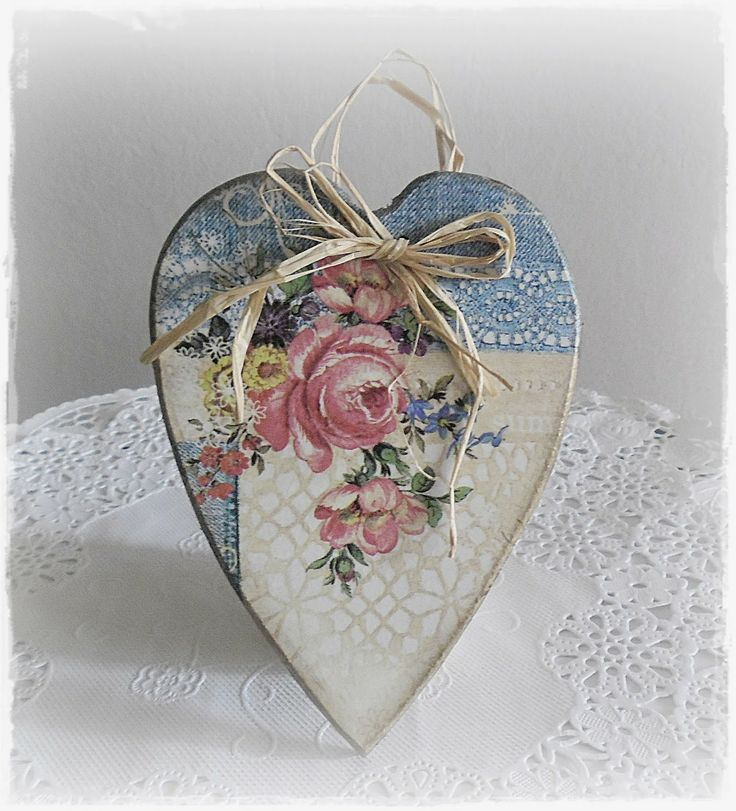 Decoupage Fever: Shabby Chic Heart. // LOVE THIS! ♥A