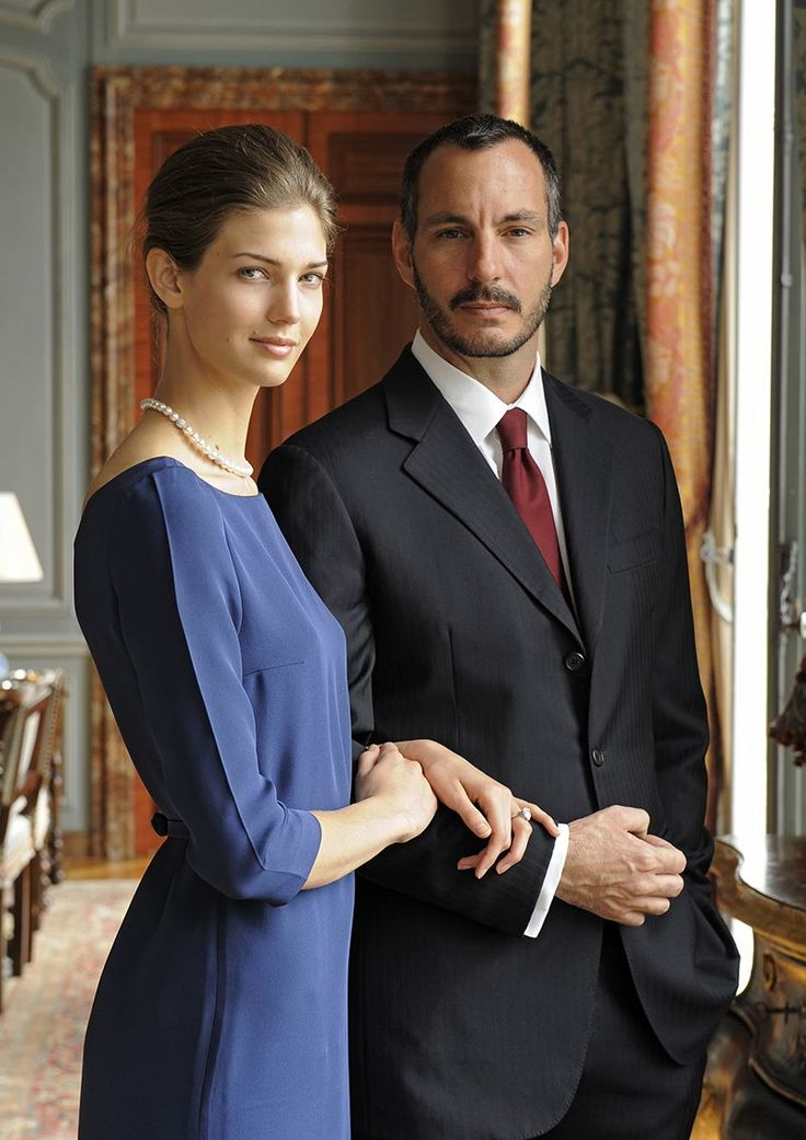 Prince Rahim Aga Khan is engaged to Kendra Spears. He is the son of the Aga Khan and she is an American supermodel.