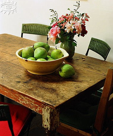 love the green fruit...via Taverne Agency