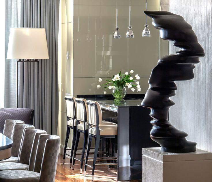 Apartment on  Patriarshy .Tony Cragg sculpture .