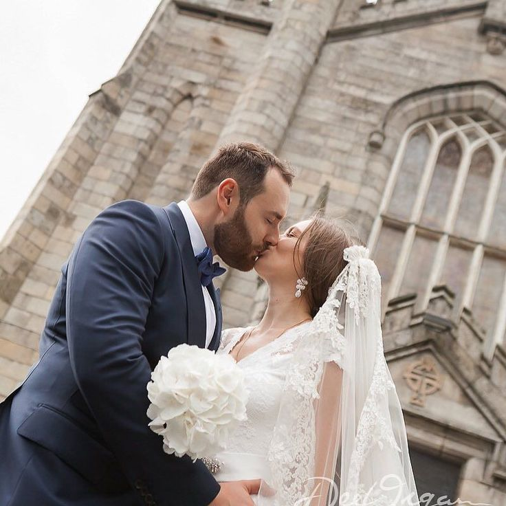 Newlyweds! Can't you just feel the love!?  #newlyweds #weddingphotographer #perfectday #russianbride #destinationweddingphotographer