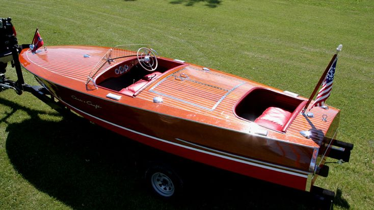 Antique Boats - Chris Craft 19' Racing Runabout