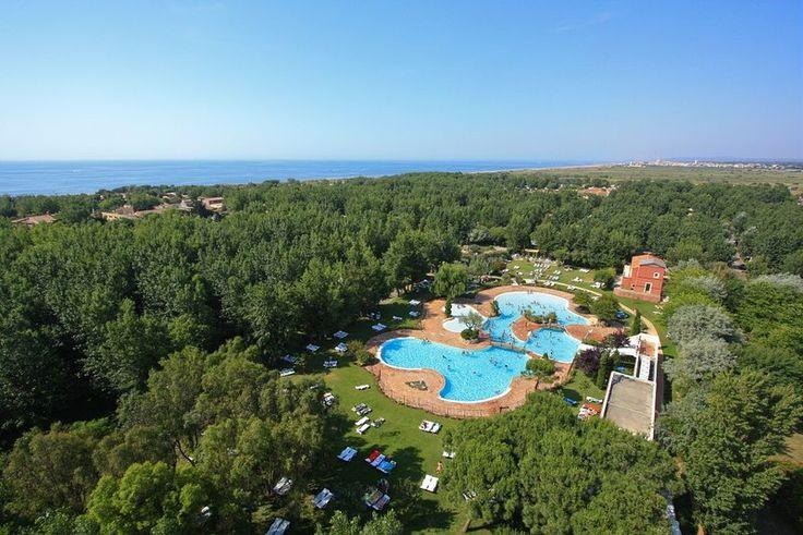 Camping Le Sérignan Plage prix promo camping Opodo à partir 301,00 € TTC Mobil-home 4/6 Pers. Villa Riviera Clim. pour 7 nuits