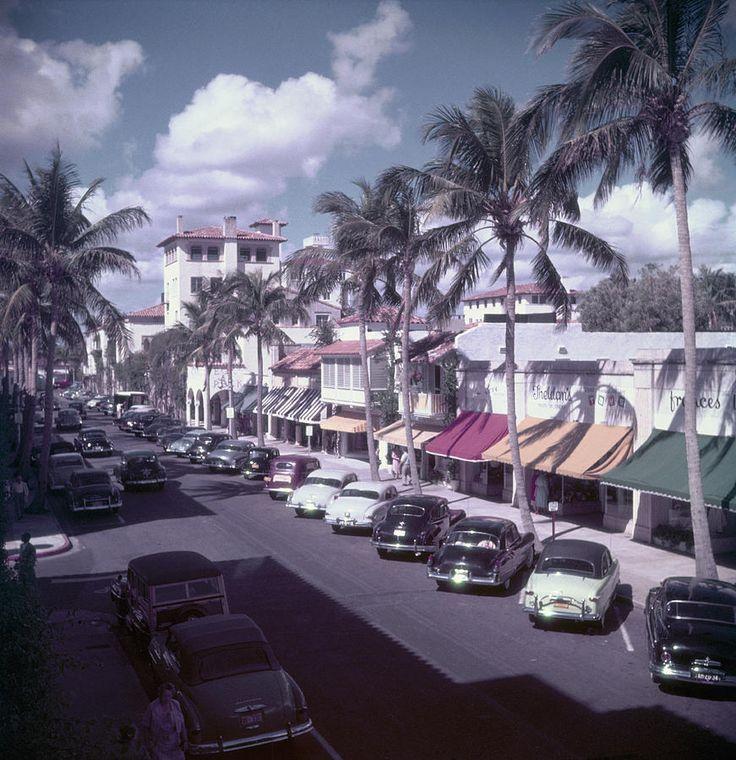 Palm Beach Street by Slim Aarons Slim aarons, Palm beach