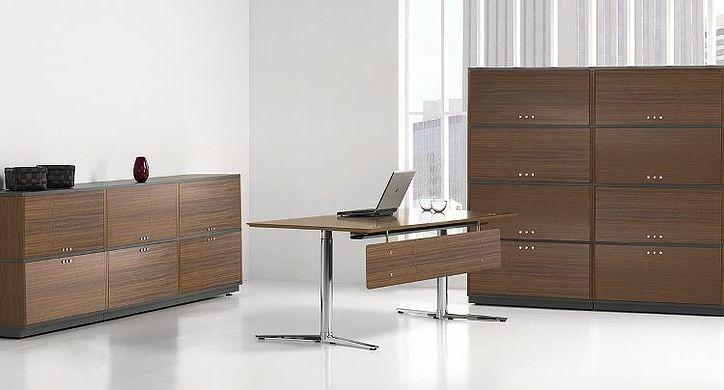 Bord,Haraldssøn,Switch,skrivebord,valnøtt,hvit,sort,grå,laminat,teambord,team-bord,modul,moduler,fleksibel,systembord,arbeidsbord,lederkontor,design,kvalitet,funksjon,landskap.åpent kontor,