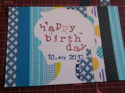 大好きな人に誕生日プレゼントをあげるとき、 誕生日を素敵な日にするためにはプレゼントだけでなく バースデーカードも添えることをおすすめします★  【関連記事】バースデーカードの書き方は?使える英語&フランス語メッセージ集付き!  【関連記事】手作りバースデーカードを彼氏に送ろう!可愛いくて簡単なデザイン集  市販のカードを利用してもよいですが、相手をより感動させるために バースデーカードを手作りしてはいかがでしょうか♪ 気持ちがより相手に伝わりますよ♥  手作りのバースデーカードを作るのに参考になるものをいくつかご紹介します。  マスキングテープでできる簡単バースデーカード  絵を描くのがあまり得意でない人でもできるカードです★ マスキングテープをいくつか購入しておけば、 おしゃれで素敵なバースデーカードになりますよ♥  ハート形に切り抜くなど、切り抜き方はお好みで。  出典:http://blog.kitamura.jp/11/7244/2013/08/4658356.html  <材料> マスキン...