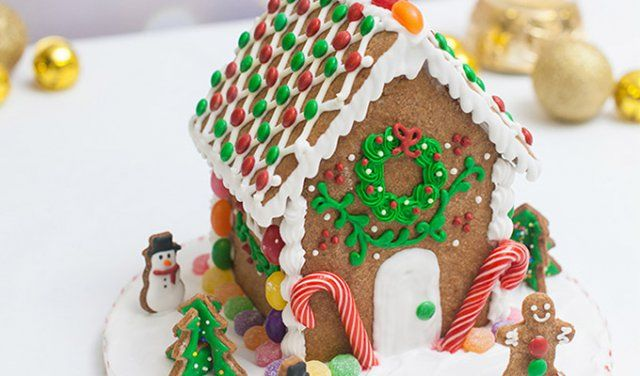 Feel the festive cheer with a fun and interactive gingerbread house workshop at Tessa's Bakery!