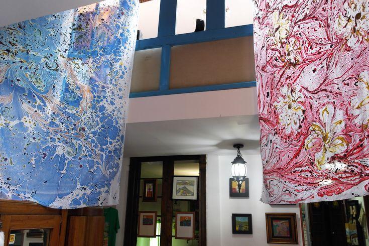 Telas pintadas sobre agua, en RegalArte.