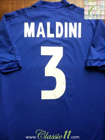 Relive Paolo Maldini's 1999/2000 international season with this vintage Kappa…