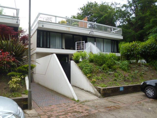 hampstead modern architecture # Spedan Close by Gordon Benson
