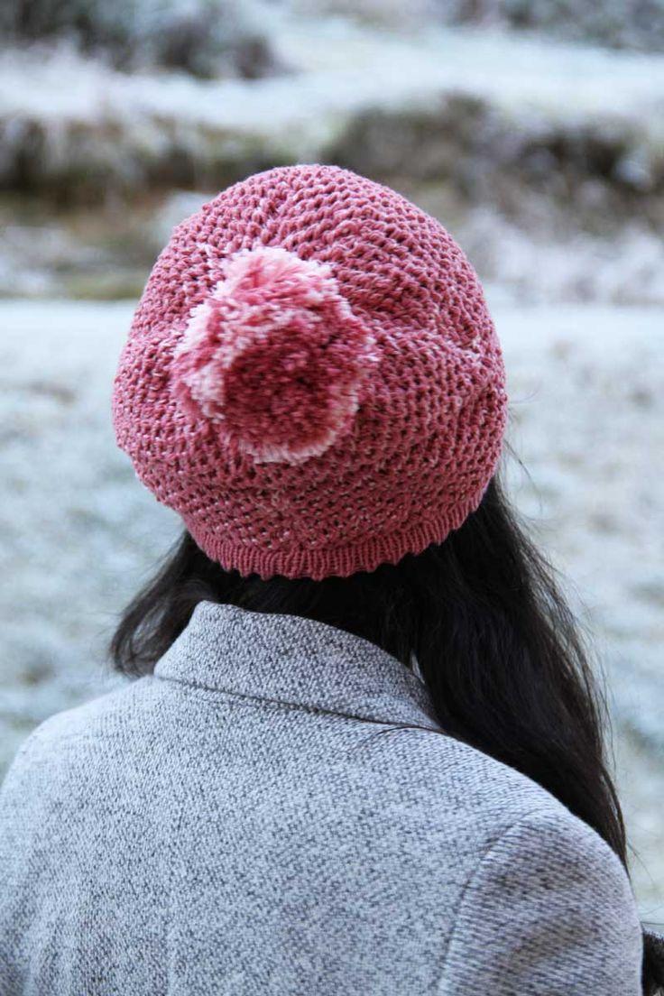Návod na dámskou čepici se zajímavým pleteným vzorem / Knitting pattern how to knit a womens hat