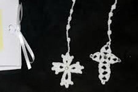 Come realizzare un rosario all'uncinetto