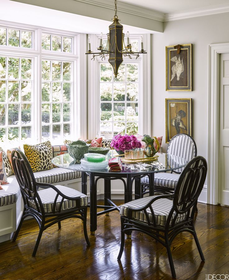 HOUSE TOUR Nostalgia Rules At This Granny Chic Long Island Home Elle DecorBenchesLong IslandFashion DesignersDining TableDining