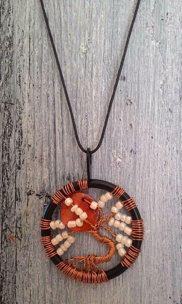 TREE OF LIFE - Collana colore BIANCO lavorazione artigianale - ciondolo cm 4