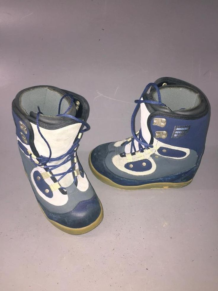 Burton  Snowboard boots~bluE .WOMENS size 4 ~ GOOD CONDITION.SNOW~..SNOW WEATHER #BURTON