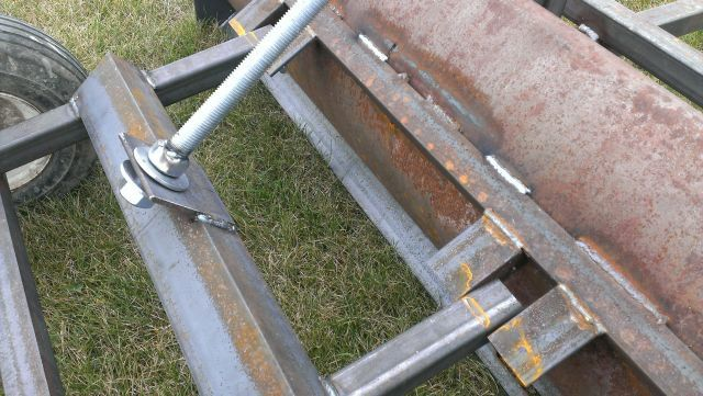 Homemade Pull Behind Box Scraper Mytractorforum Com The Friendliest Tractor Forum And Best Place For Tractor Homemade Trailer Tractors Tractor Attachments