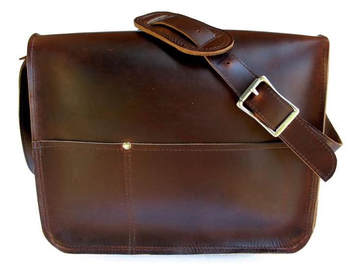 DUMAINE ll handmade leather messenger bag