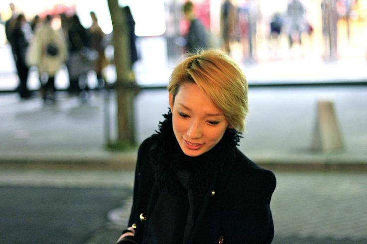 【11月30日出】 沙央くらまさん① 会の方にプレゼントを配ってらっしゃいました 素敵。。。(T_T)