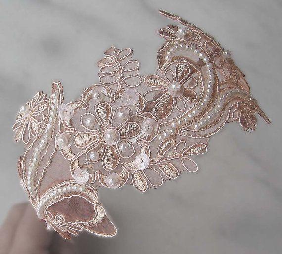 Diadema de encaje de Blush rubor rosa diadema por TheRedMagnolia