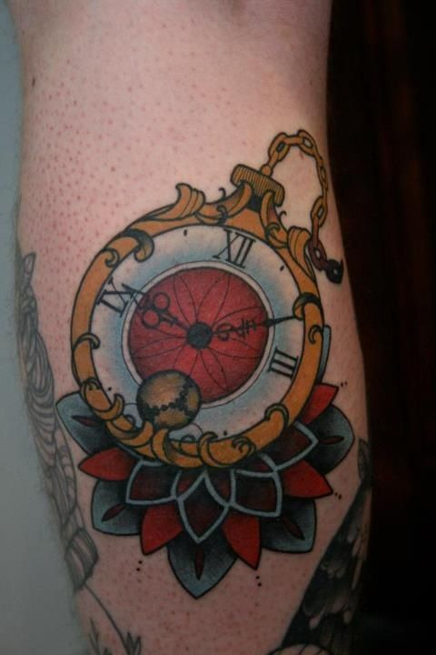 TumblrTattoos Too Cartoonish, Mitch Allenden, Handbags, Art Tattoo, Old School, Tatuagem Relógios, Pocket Watches, Tattoos 3, Relógios De