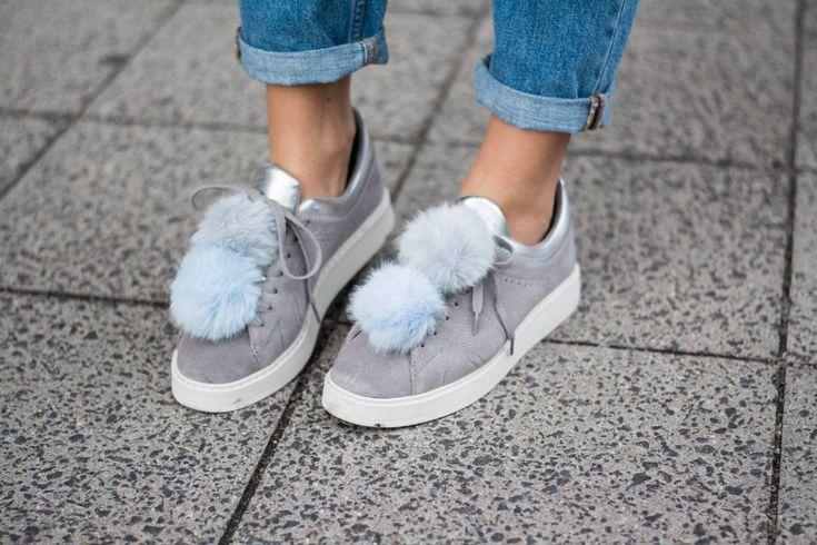 styleappetite-outfit-pom-pom-sneaker