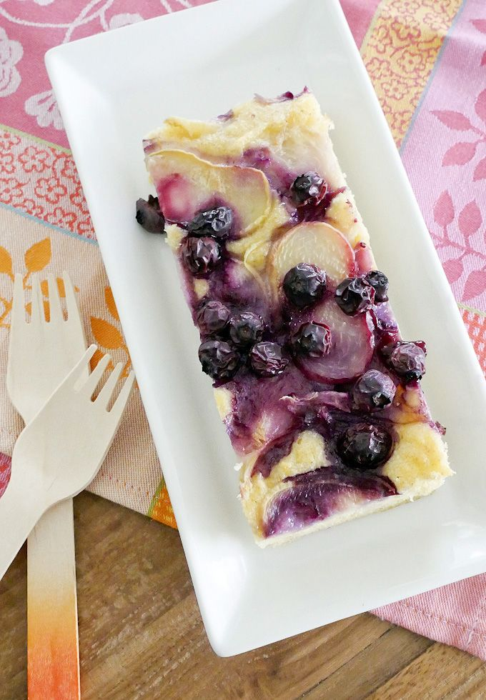 Sommerlicher Nektarinen-Kuchen mit Blaubeeren - Gaumenfreundin - Food