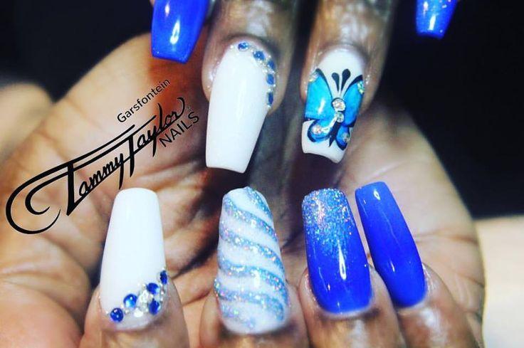 #tammytaylor #unicornnails #blue #bluenails #holographic