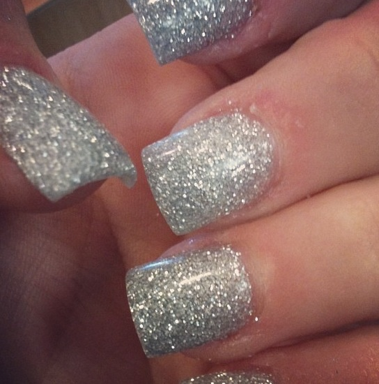 Silver For Prom Nail Ideas: 1000+ Ideas About Silver Sparkle Nails On Pinterest