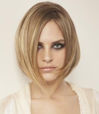 Tagli di capelli medi, idee primavera estate 2012