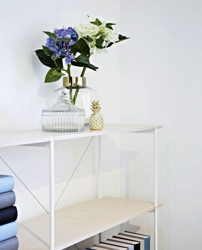 Still life with shelf from our customer in Nürnberg.