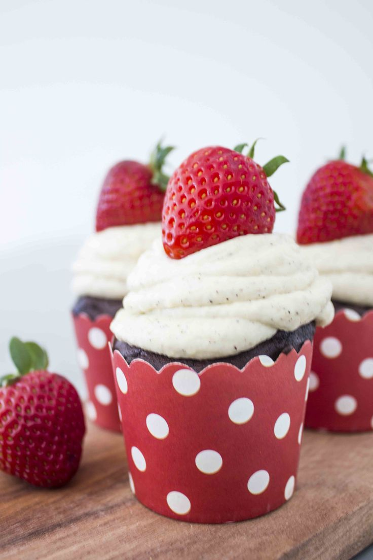 Chocolade Jordbær Cheesecake Cupcakes