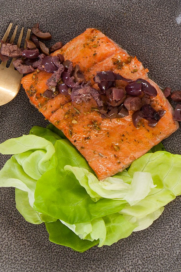 #Epicure Steamer Salmon with Molto Bene Tapenade—Ready in 10 minutes! #goodfoodrealfast