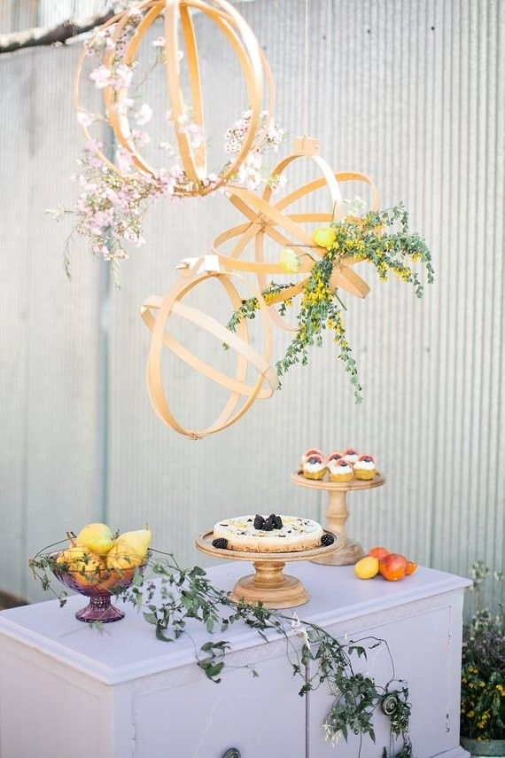 What a great idea to add some geometric interest to a DIY wedding!/ Modern spring wedding inspiration