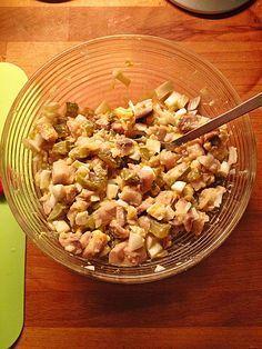 Matjessalat mit Ei und Gewürzgurken