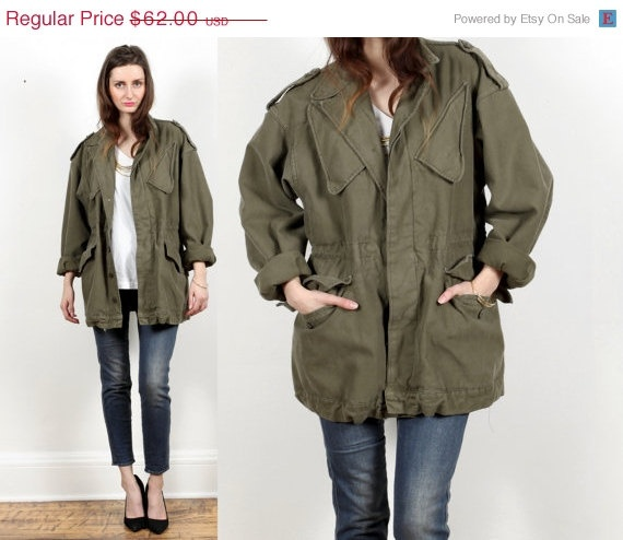 Army field jacket coat // vintage // duffle by shopCOLLECT on Etsy, $52.70